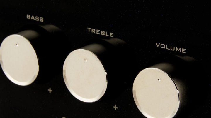 Come funzionano gli amplificatori per basso elettrico
